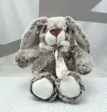 Cotton Blue peluche lapin beige chiné avec noeud 22 cm assis environ
