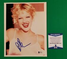 """DREW BARRYMORE SIGNED SEXY 8""""X10"""" COLOR PHOTO CERTIFIED WITH BAS BECKETT COA"""