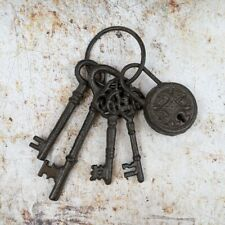 Keys and Padlock Ornamental Set Cast Iron Wall Mounted Indoor or Outdoor
