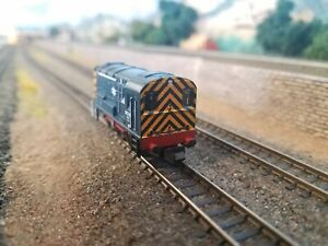 Graham Farish N Scale Class 08 Diesel Shunter in BR Blue. No. 08748. DCC Fitted