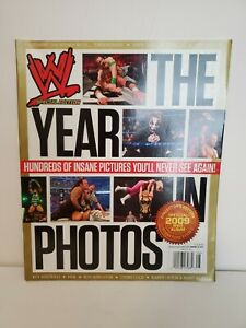 """WWE Magazine """"2009 The Year In Photos"""", (Collector's Edition / Signature Series)"""