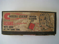 VINTAGE MAGNA CLEAN WINDOW BOTH SIDES AT THE SAME TIME CLEANING KIT MADE IN USA