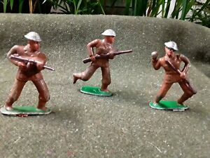 Barclay Manoil 3 Toy Soldiers
