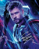 CHRIS HEMSWORTH - THOR - AVENGERS SIGNED AUTOGRAPHED A4 PP PHOTO POSTER