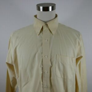 Brooks Brothers Mens Non Iron Classic Fit LS Button Up Pastel Yellow Shirt 17-34