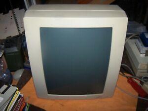 Apple Macintosh Radius Full Page Display Model 0362