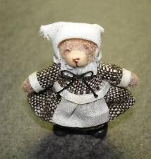 Miniatur Frau    #3839  Puppenstube 1:12