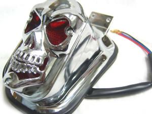 UNIVERSAL CUSTOMIZED 3D SKULL REAR TAIL LIGHT BRAKE LIGHT FOR MOTORBIKES HARLEY