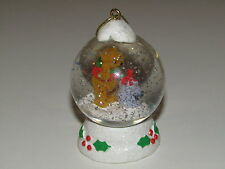 Disney Snowglobe Winnie the Pooh Winter Christmas - Tiny Snow Globe Water Ball