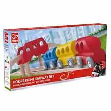 HAPE Wooden FIGURE EIGHT 27 PIECE TOY RAILWAY SET E3700 Age 3+ NEW & BOXED