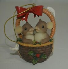 Charming Tails Glad We're So Close Ornament by Fitz and Floyd 86/175 Dean Griff