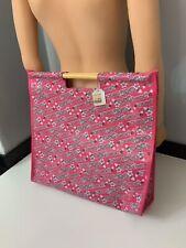 D&G  Dolce And Gabbana NEW bnwts Beach Bag Pink Wooden Handles Beachwear