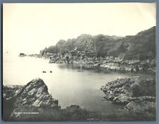 Royaume-Uni, Guernsey, Gouffre Harbour  Vintage print.  Tirage argentique  1