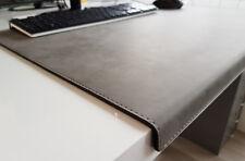 Gewinkelte Schreibtischunterlage Nubuk Leder 90 x 47 Grau