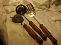 Set(3) Vtg EKCO Kitchen Utensils Wood Handles~Spatula~Soup Dipper~Strainer 383