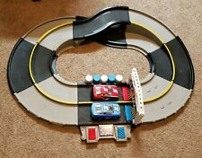 Fisher Price Shake n and Go Racers Race Cars Track Electronic Light Sound Racing