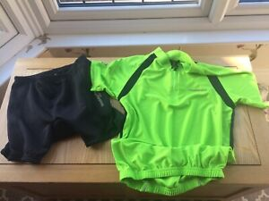 Muddy Fox Cycling Top And Padded Cycling Shorts Boys Age 13 Yrs New Without Tags