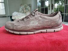 Skechers Women's SIMPLY SERENE Walking Shoes Dk Taupe M/W #22774 13Q34 tz Size9