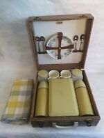 Vintage 4 person picnic set - Sirram brand, cased, 2 x Thermos flasks, china!