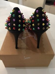 Ladies Laboutin Shoe