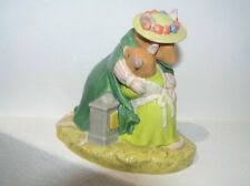 BRAMBLY HEDGE ROYAL DOULTON FIGURE YOU'RE SAFE DBH63 UNBOXED 1ST QUALITY