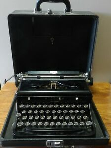 """1939 Royal """"O"""" Typewriter serial number 0-833146 in Working condition"""
