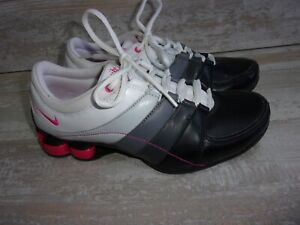 Nike Shox 345791-161 White Pink Grey Leather Running Shoes Sz 7 Women