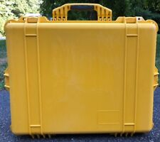Used Yellow Pelican 1600 Hard Case W/ Rubber Handle Camera Drone Video Tools