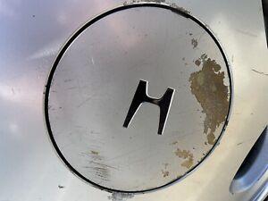 88-89 Honda Crx si / Civic OEM Only!!! (1) {Wheel Center Cap}