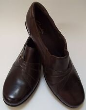 Clarks Shoes Brown Slip-on Womens Size 9 1/2