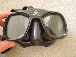 Cressi  Super Occhio Compact Low Volume Scuba Freediving Snorkeling Mask