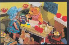 Children Postcard - Childs Toys - Dolls Fairy Tale Scene  MB50