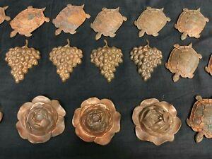 Lot de 24 anciens Moules en Cuivre à CHOCOLAT de chocolatier  Tortue Rose Raisin