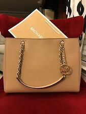 NWT MICHAEL KORS SAFFIANO LEATHER SUSANNAH LARGE TOTE BAG IN DK CAMEL (SALE!!)