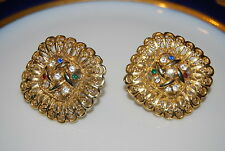 VINTAGE COUTURE LARGE RETICULATED GOLD TONED METAL CLIP EARRINGS & RHINESTONES