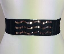 WIDE ELASTICATED BLACK WAIST BELT / LEATHER & GOLD METAL BUCKLE / FASHION / 51