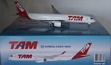 INFLIGHT 200 IF3501115U AIRBUS A350-941 TAM PR-XTA (Flaps up) in 1:200