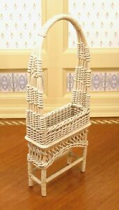 JHL Off-White Wicker Plant Stand Flower Box w/ Arch Artisan Dollhouse Miniature