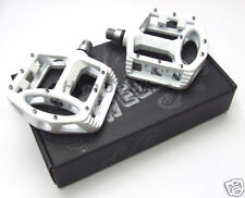 Wellgo MG1 Mag / Alloy Flat MTB Pedals Freeride WHITE