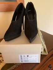 NIB $750 Burberry Beat Check Suede High Cut Platform Pump Heels Shoes Booties