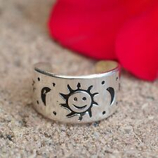 NEU ZEHENRING SONNE Farbe silber MOND STERNE Sun Toe Ring