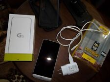 LG G5 LS992 - 32GB - Silver (Sprint) Smartphone with accessories