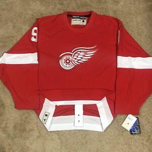 Adidas Gordie Howe Detroit Red Wings Heroes of Hockey NHL Jersey Vintage Red 52