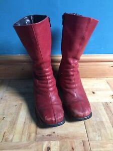 Retro/Vintage Old Red Leather Platform Boots Size 3