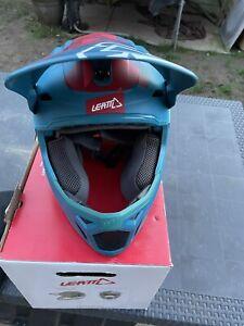 Leatt DBX 5.0 V26 Fuel bicycle helmet size medium 57-58cm