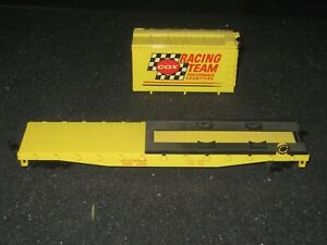 """VINTAGE HO Scale """"Cox Racing Team"""" 251714 50' Freight Train Flat Car"""