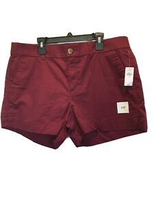 """Old Navy Everyday Short Mid Rise Women's Size12  3.5"""" Inseam Red Maroon NEW *"""