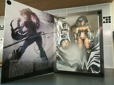 Play Arts Kai DC VARIANT N. 2: WONDER WOMAN ACTION FIGURE-SQUARE ENIX