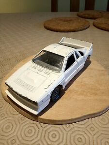 Hot Wheels Lancia Rally 037  1:25 for parts/repair or code 3
