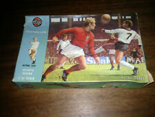AIRFIX FOOTBALLERS SPORTS SERIES 1/32 SCALE 51470-3 1835 1960s / 1970s